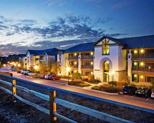 Holiday Inn Club Vacations at Lake Geneva Resort Timeshares